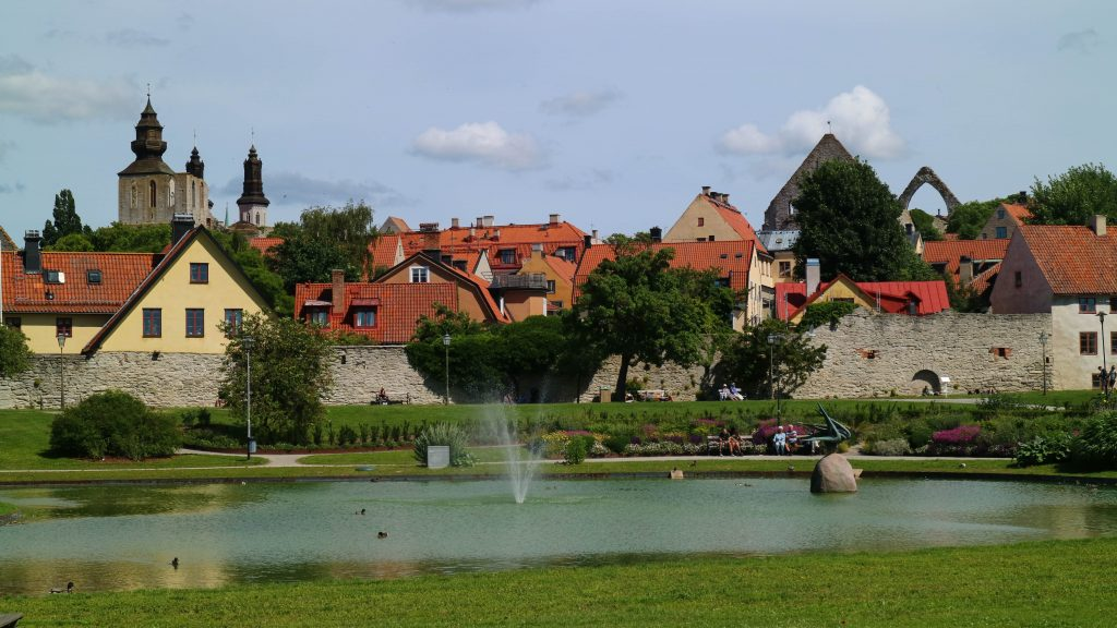 svenska sommarstäder dagsutflykter visby