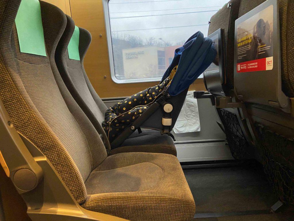 Tåg med bebis
