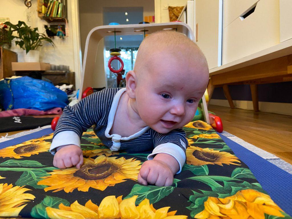 Börja älska mitt barn anknytning