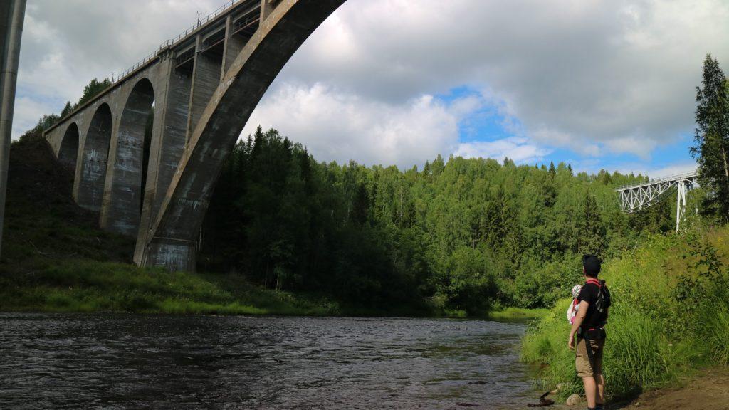 Sommar i Västerbotten, Tallbergsbroar