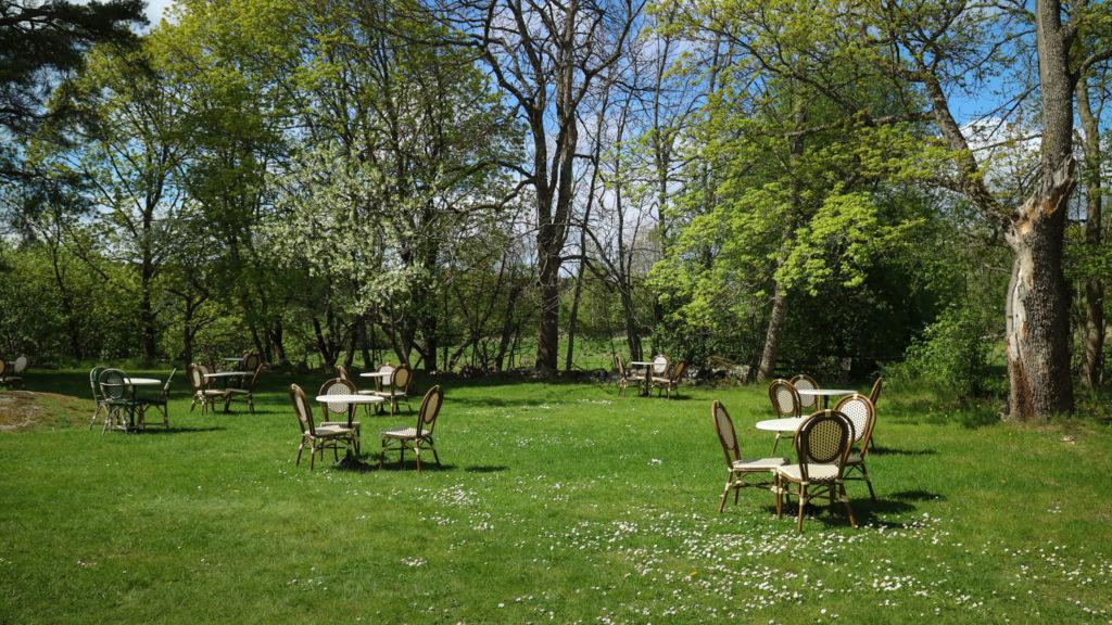 Villa Ed fika trädgårdscafe